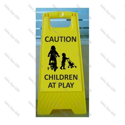 CYO|WG98N1 - Caution Children at Play Sign